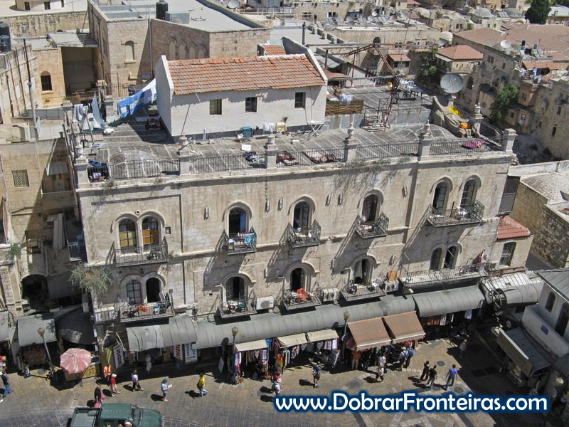 Petra Hostel em Jerusalém visto do topo da cidadela