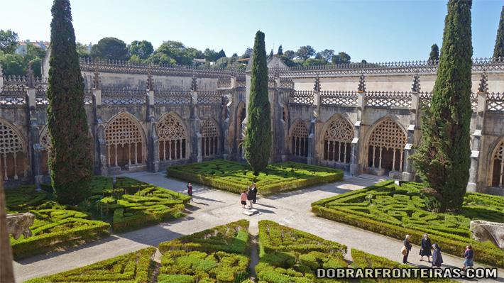 Claustro do mosteiro da Batalha - património da Humanidade em Portugal