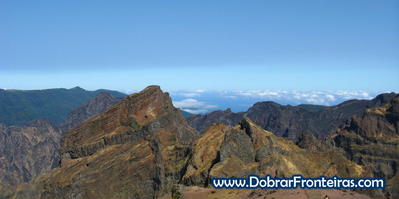 A paisagem agreste dos picos da ilha da Madeira
