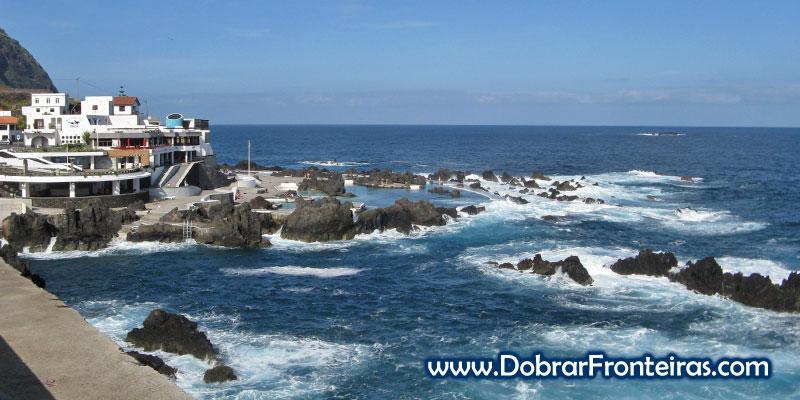 Piscinas Naturais de Porto Moniz na Ilha da Madeira