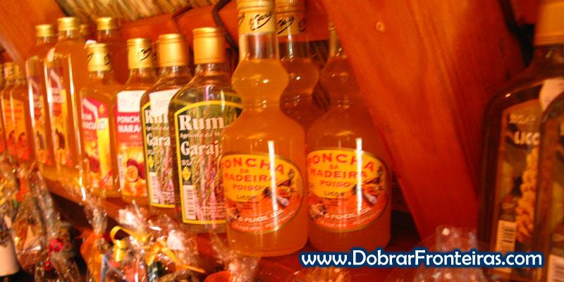 Poncha e outras bebidas da Madeira à venda em Santana