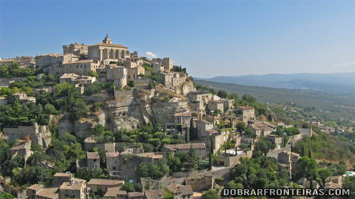 Gordes, uma das mais pitorescas aldeias da Provence francesa