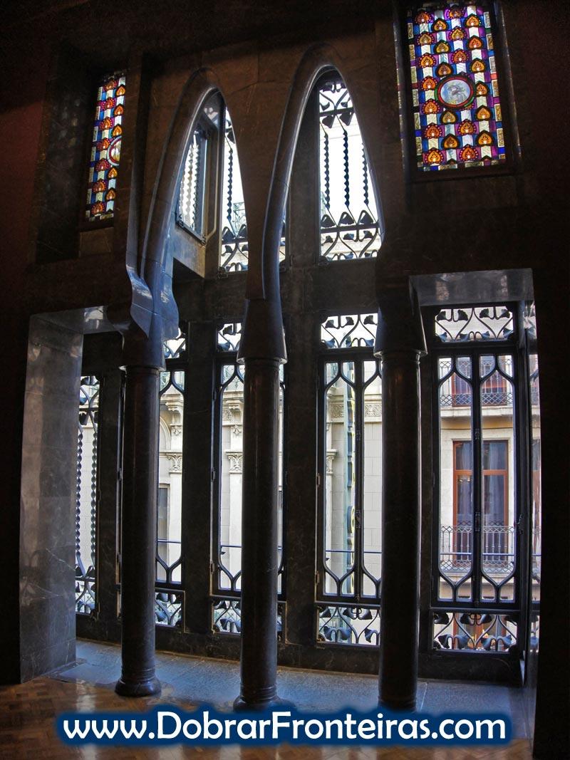 palacio-guell-barcelona-1
