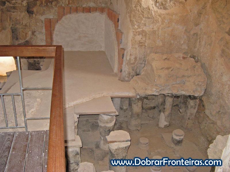 Banhos quentes nas ruínas de Massada, Israel