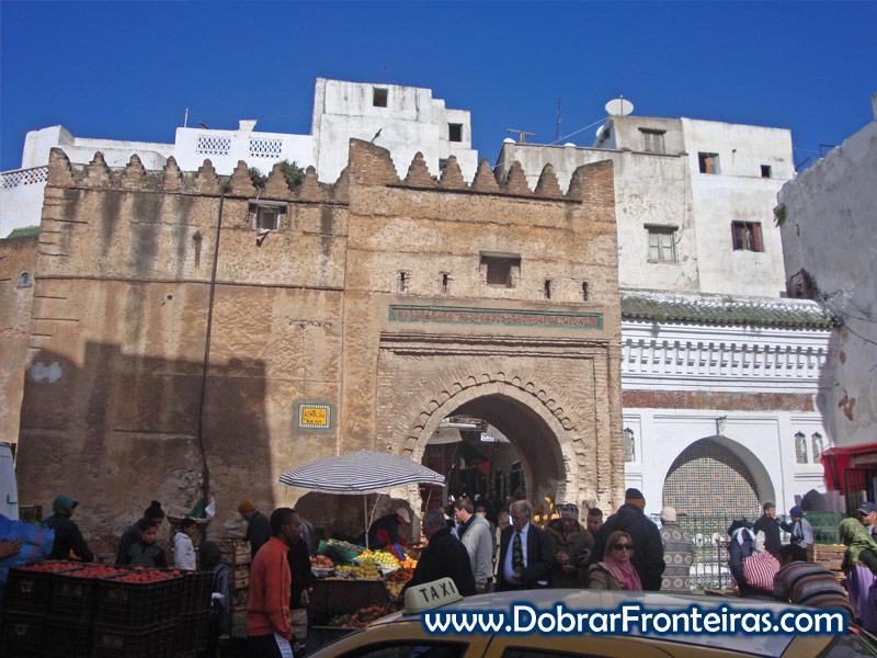 Porta da cidade velha de Tétouan, Marrocos