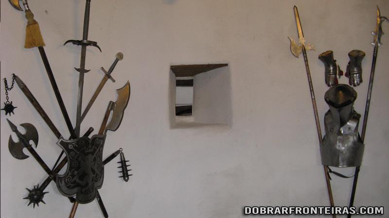 Armas no castelo de Bran, Roménia