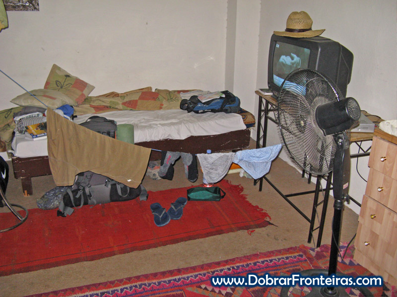Secar roupa num hostel na Jordânia