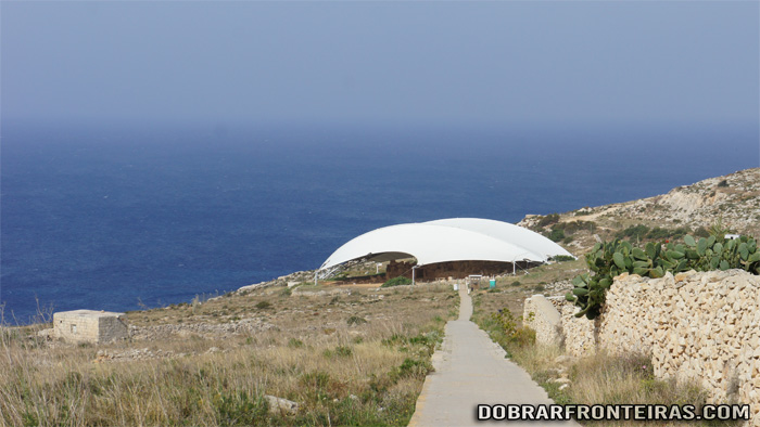 Templo megalítico de Mnajdra na ilha de Malta