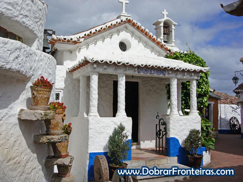 Capela na aldeia típica José Franco, Sobreiro, Mafra