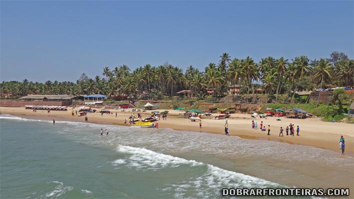 Praia de Candolim em Goa, Índia
