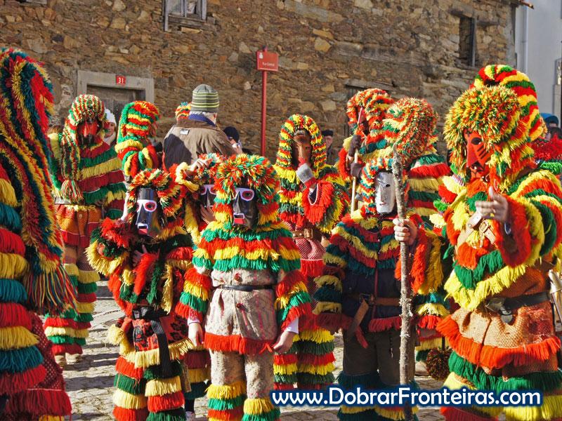 Caretos de Podence: a figura enigmática do Carnaval transmontano