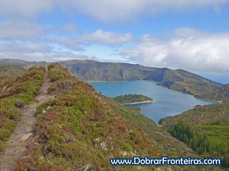 Lagoa do Fogo na ilha de São Miguel, Açores