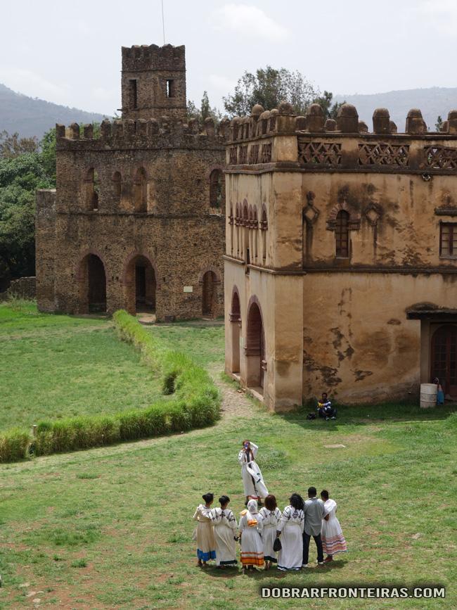Mais uma fotografia etnográfica no belo cenário de Gondar
