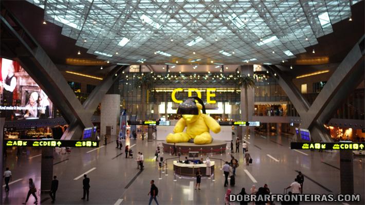 Aeroporto Qatar : Guia de viagem para dia no qatar dobrar fronteiras