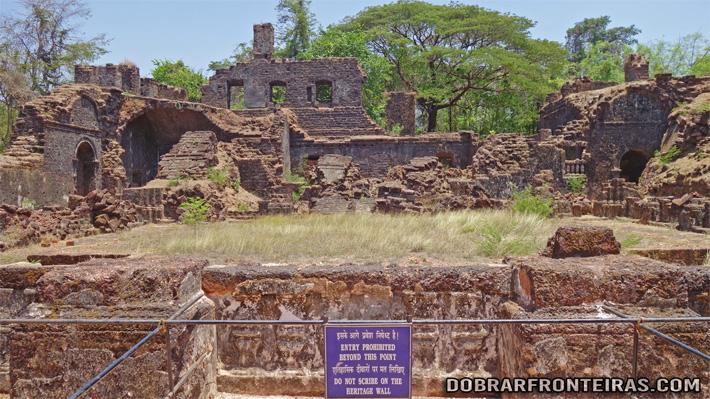 Ruínas do convento de Santo Agostinho em Goa Velha