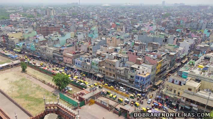 Cidade de Deli vista do topo do minarete da mesquita de Jama Masjid