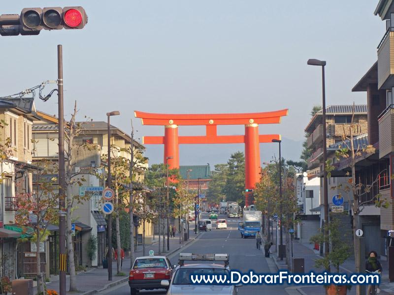 Rua de Quioto ao amanhecer